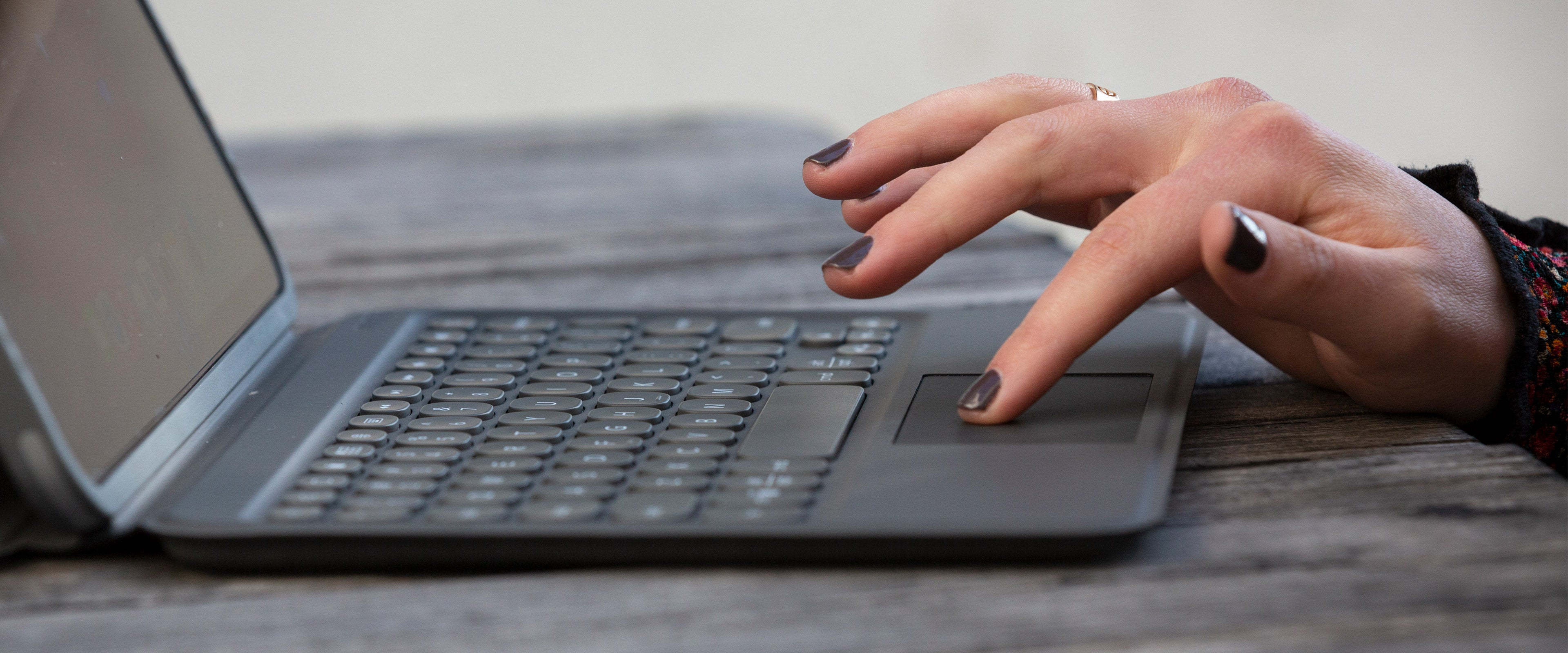 woman using pro keys with trackpad