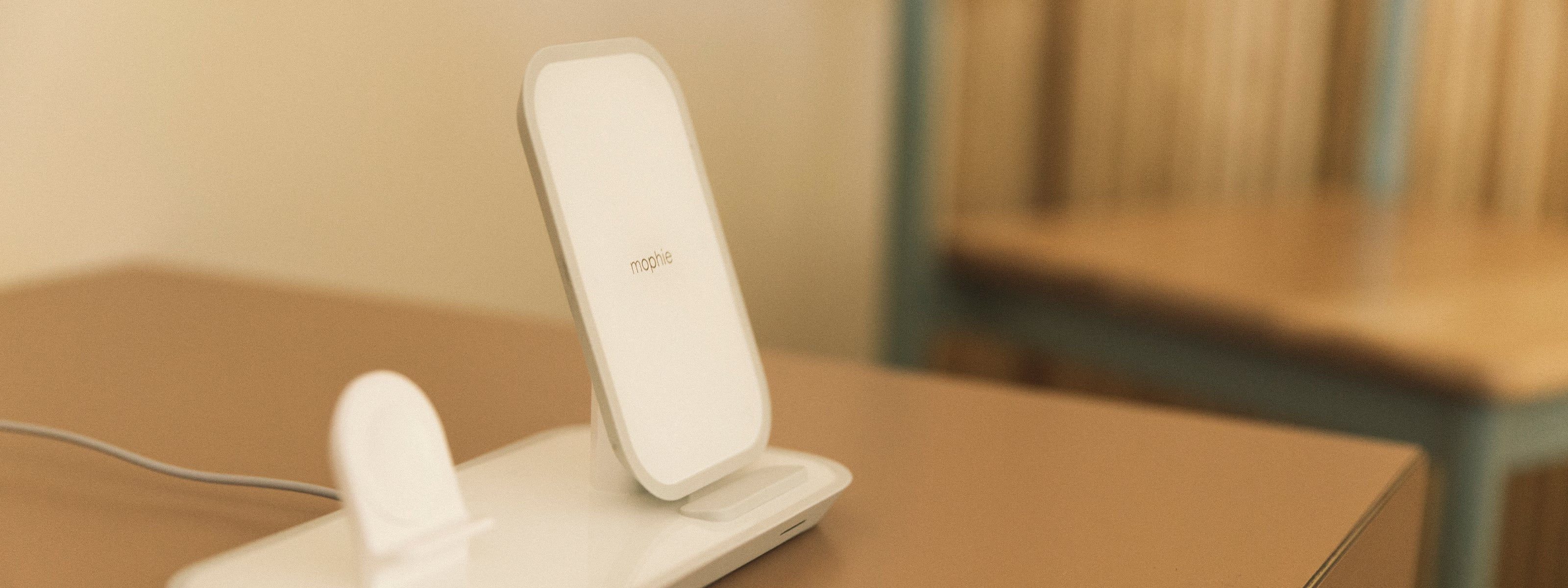 2in1 wireless charging stand on desk